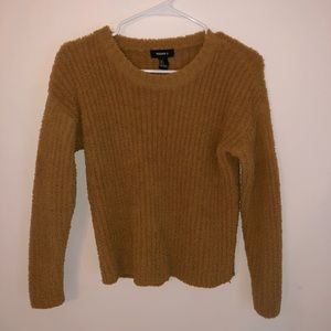 Gold/brown knit sweater